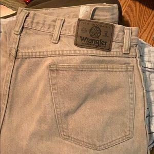 Men's wranglers jeans light tan